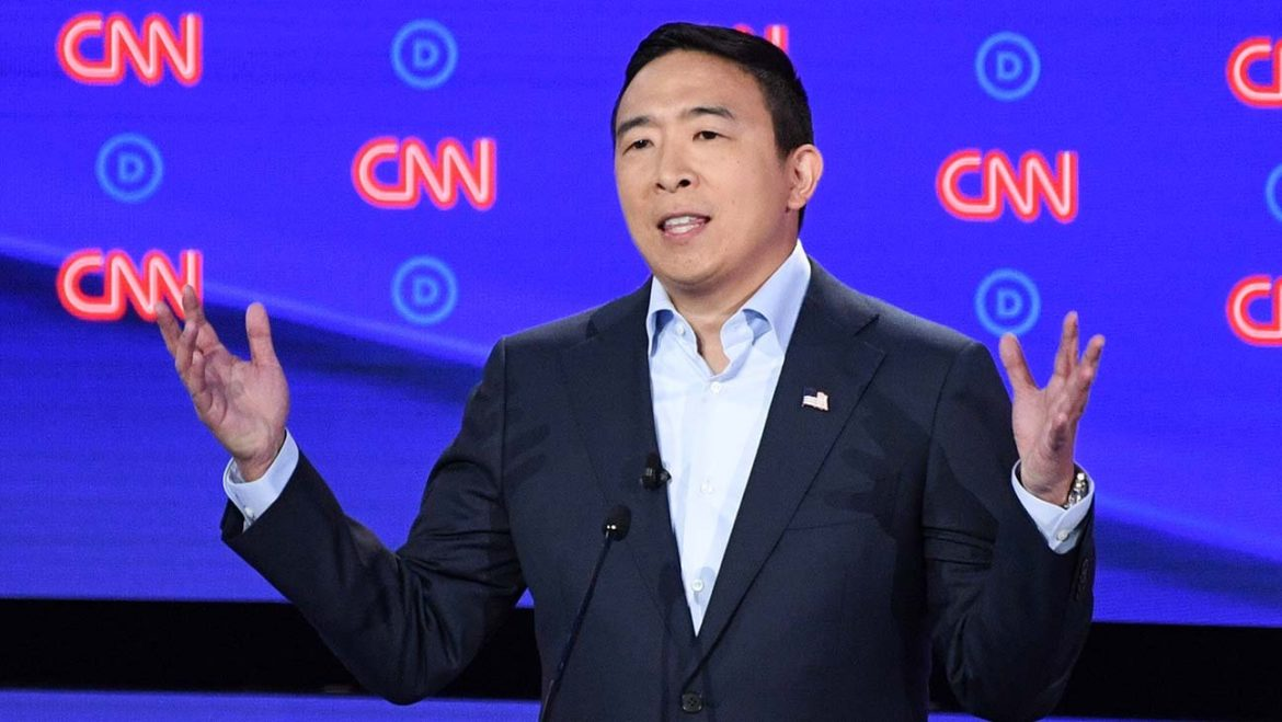 Andrew Yang Says He No Longer Identifies as Democrat, Launching New Political Party