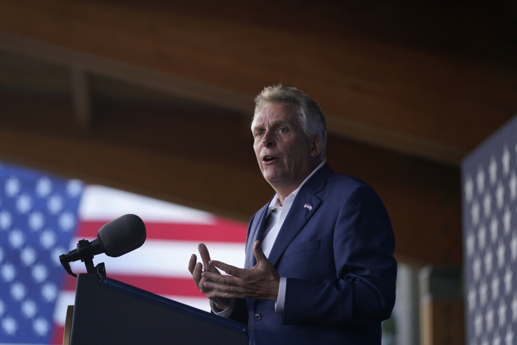 Murphy, McAuliffe and the Trump Suburban Squirm